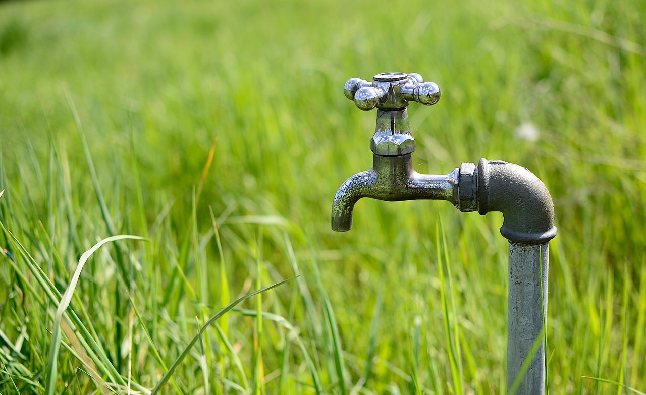 Szklary i Trzmielów z przerwami w dostawie wody