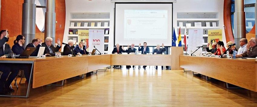 Co działo się podczas IX Sesji Powiatu Polkowickiego?