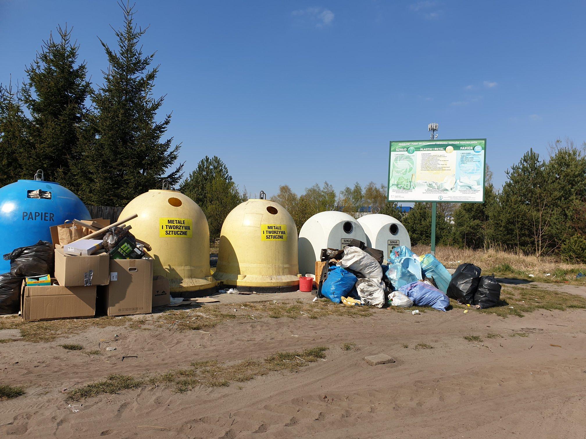 Zmiana cen za śmieci, ostre komentarze i decyzja radnych
