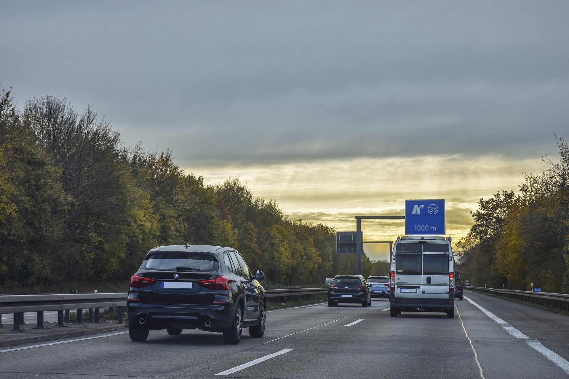 Rząd wprowadza obowiązkowe lokalizowanie pojazdów
