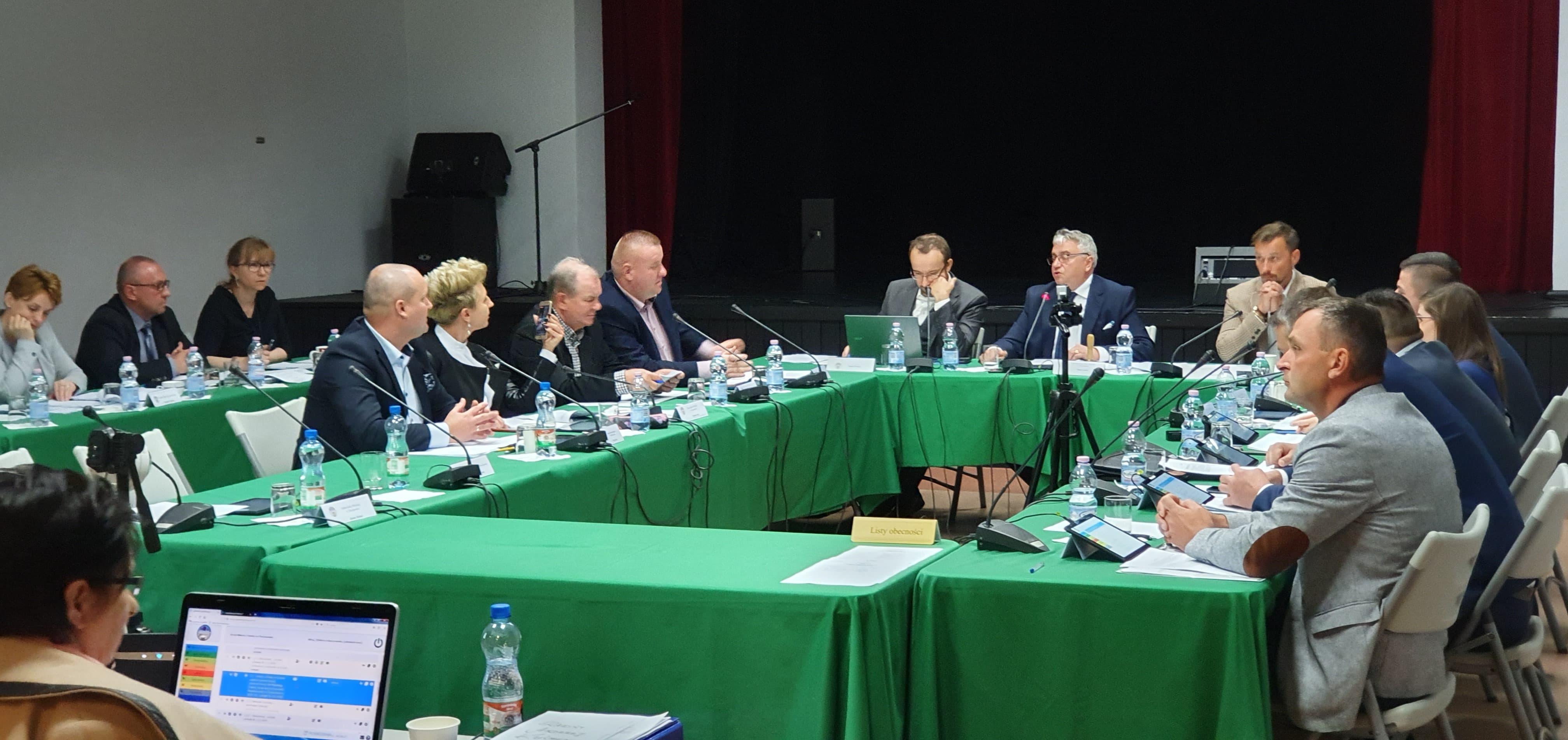 Sesja Rady Miejskiej: Powstanie sieć wodociągowa na ul. Spacerowej