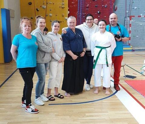 Dwa medale dla reprezentantek chocianowskiego klubu karate