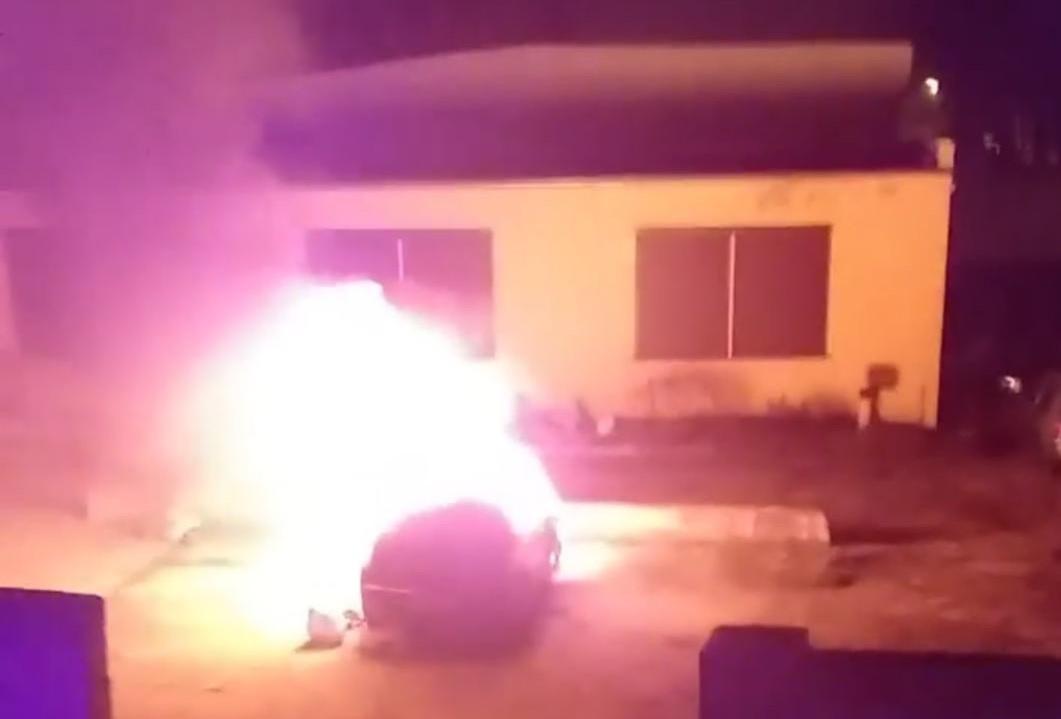 Spłonął pojazd w centrum Chocianowa