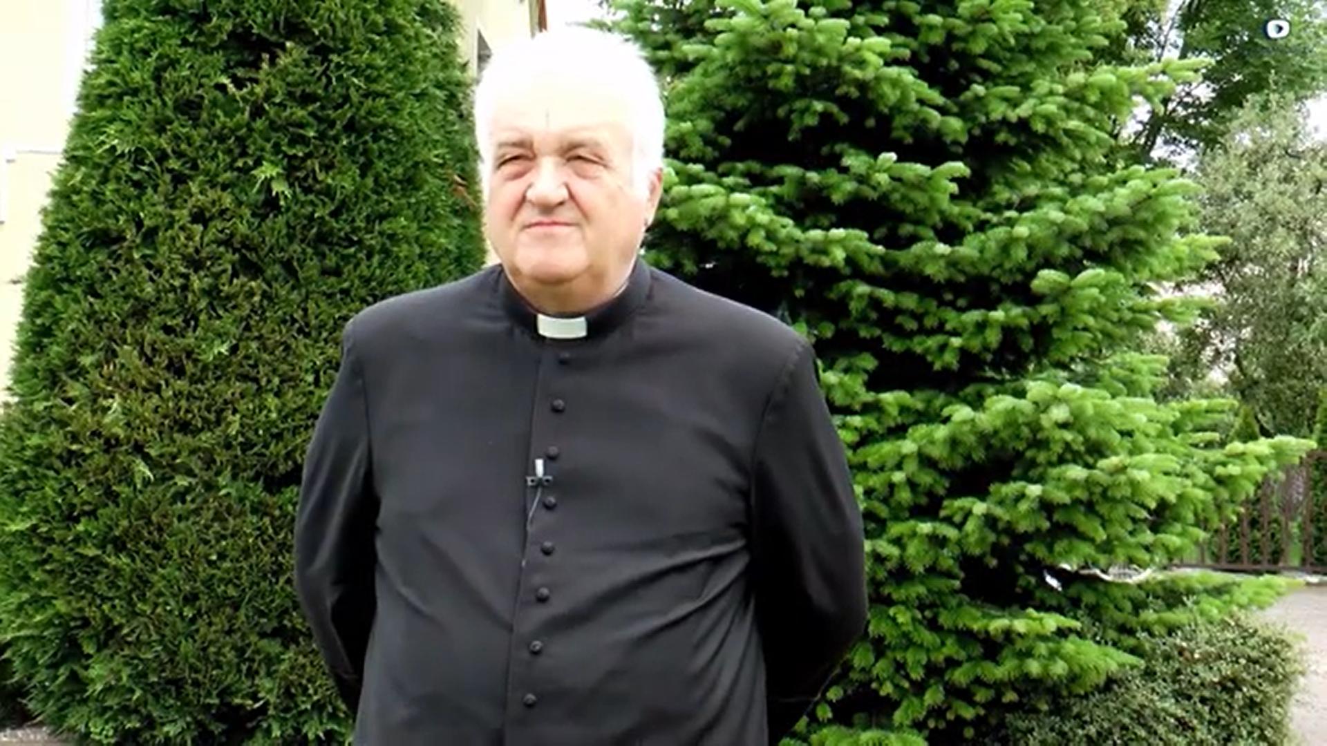 Proboszcz zaprasza na nabożeństwo (wideo)
