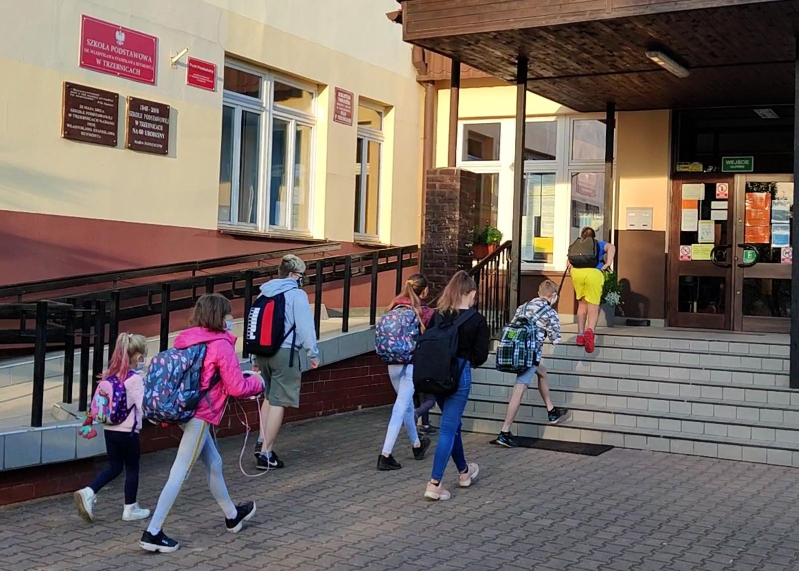 Zawieszone zajęcia w Trzebnicach