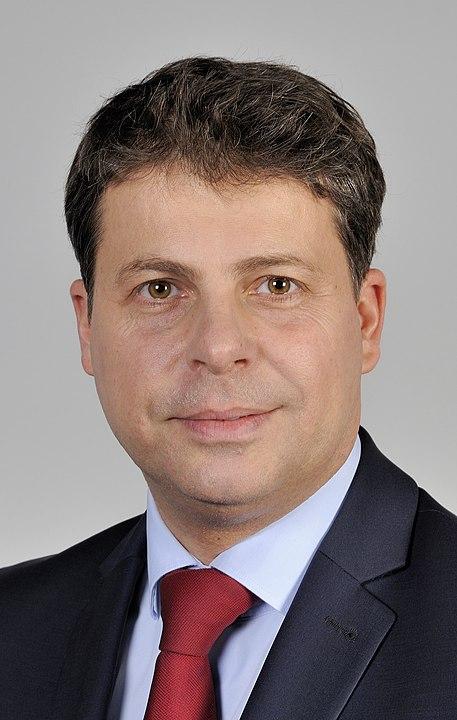 Wybory Prezydenta RP - sylwetki kandydatów: Mirosław Piotrowski