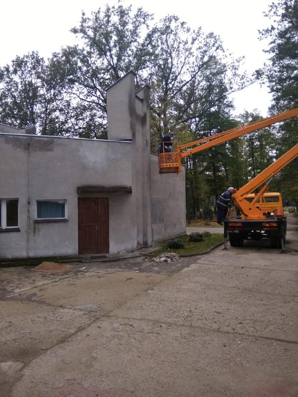 Remont kaplicy cmentarnej rozpoczęty