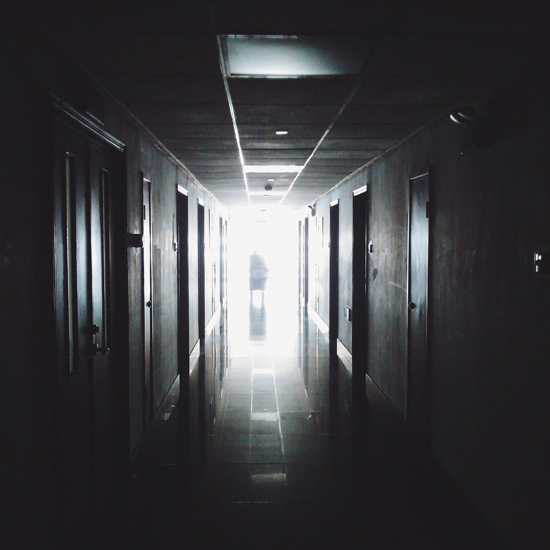 Koronaraport: 160 ozdrowieńców i kolejny zgon
