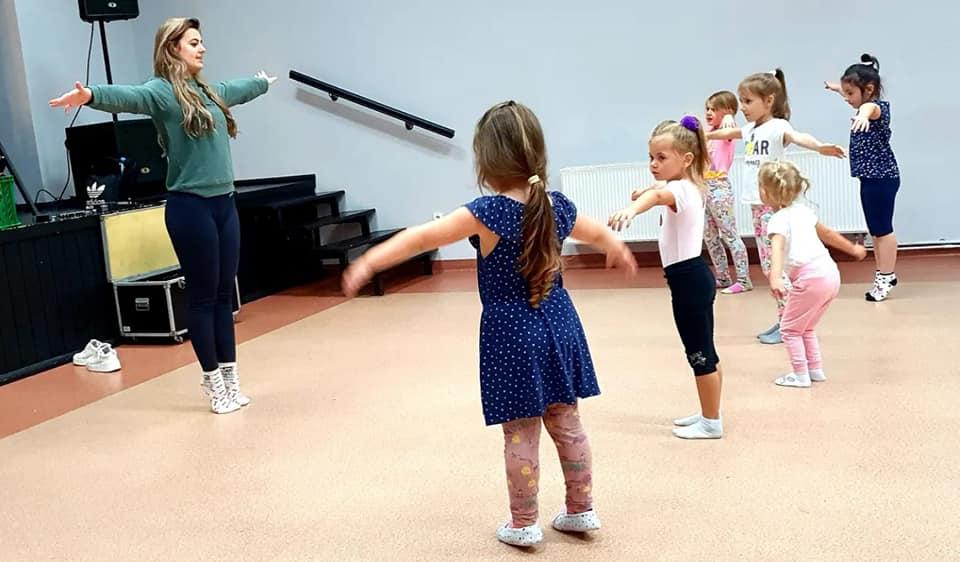 Zapisy na taneczne zajęcia w RCKu nadal możliwe