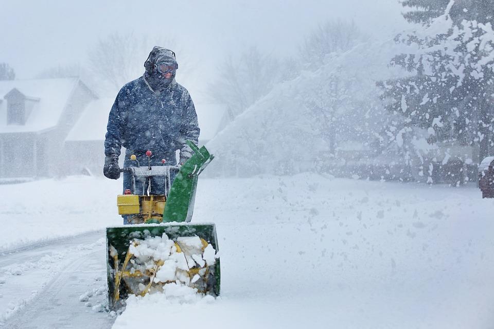 MZGKiM informuję o standardach zimowego utrzymania dróg