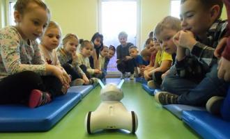 Edukacyjny robot głosem wiejskich zwierząt