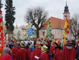 Tłumy towarzyszyły Królom (Galeria)