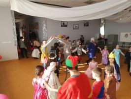 Karnawałowy początek ferii (galeria zdjęć)