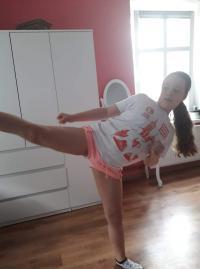 Trening karate w domowym zaciszu