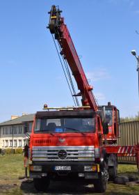 Ciężki sprzęt wjechał do Trzebnic (zdjęcia)