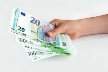 Umowa finansowa między poważnymi prywatnymi
